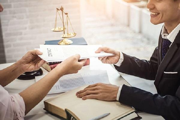 Luật sư tư vấn luật lao động tại luật 24h