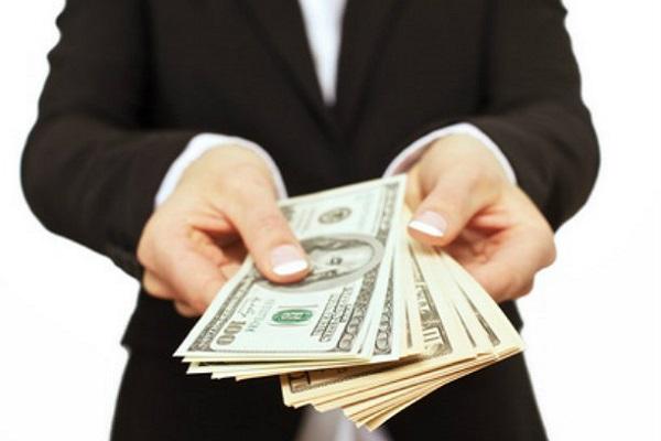 phí dịch vụ luật sư lao động